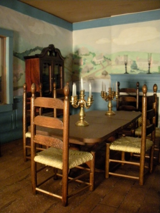 The dollhouse dining room