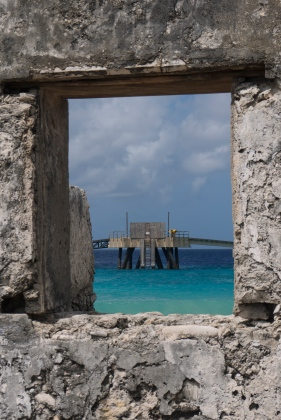 window to the pier