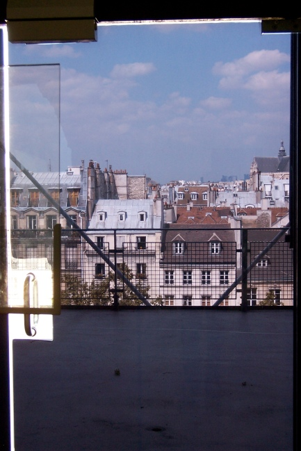 Paris through the door of the Pompidou